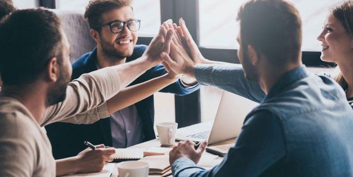 Социален уелнес или как взаимоотношенията ни повишават усещането за благоденствие  на работното място и в личния живот